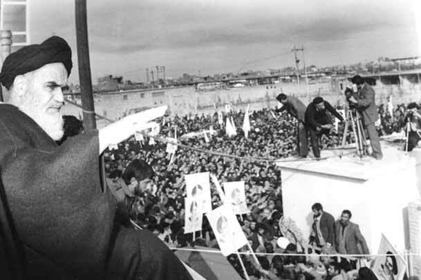 گزارش  تاریخی / بازگشت امام به قم