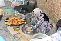تنوع خوراکی غرب کشور ظرفیتی برای گردشگری غذایی- فرزاد نویدی**