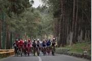 شهر در اشغال دوچرخه سواران  رکاب زنی مسئولان در پیست سلامت شهری