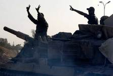 درگیری شدید میان همپیمانان آمریکا در الرقه و درخواست مردم برای بازگشت دولت/ پخش اعلامیه آشتی در ادلب توسط ارتش