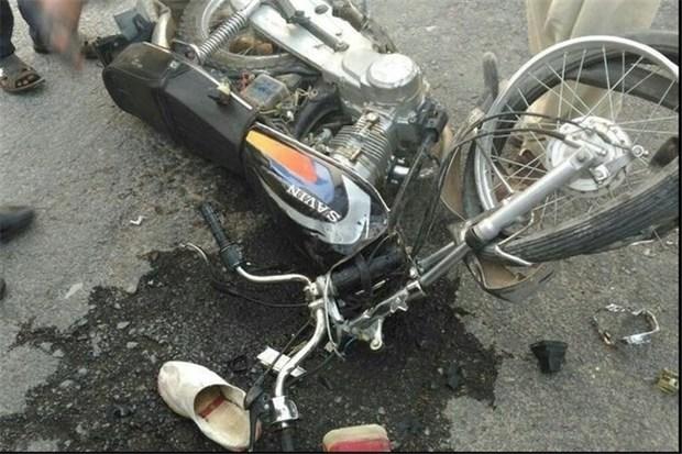 برخورد موتورسیکلت و خودروی قربانی گرفت