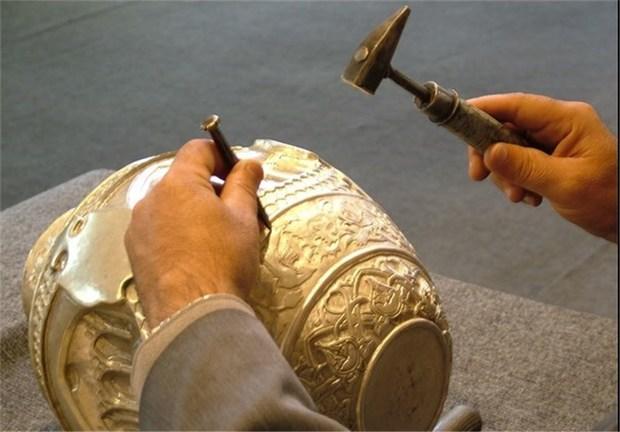 50 هنرمند صنایع دستی در خمین بیمه شدند