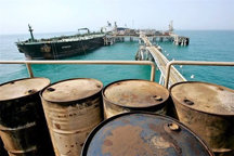 شناور حامل 250 هزار لیترسوخت قاچاق در آبهای خلیج فارس توقیف شد