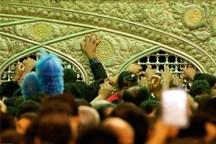 زائران جمهوری آذربایجان از حرم رضوی به پیشواز عرفه رفتند