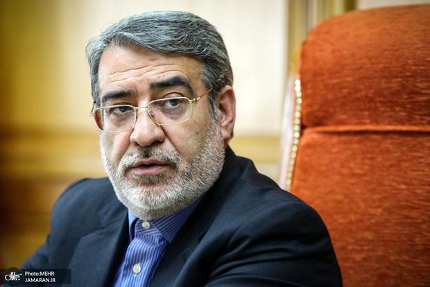 وزیر کشور: نیروی انتظامی به متخلفان رانندگی رحم نکند