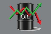 کاهش قیمت نفت ترفندی برای گرفتن جای نفت ایران