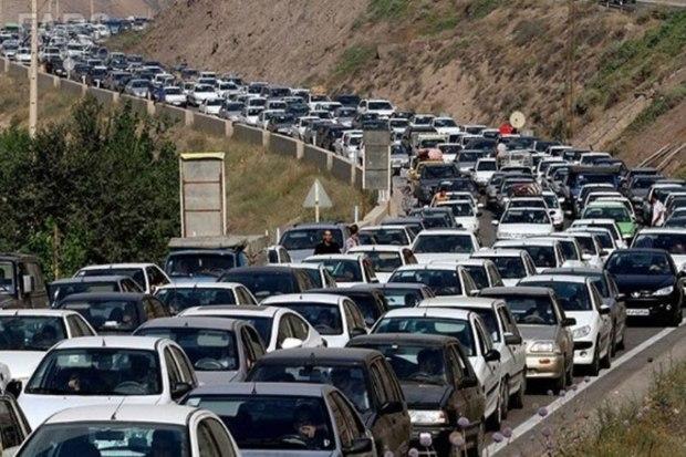 تعطیلات آخر هفته جاده های مازندران را شلوغ کرد