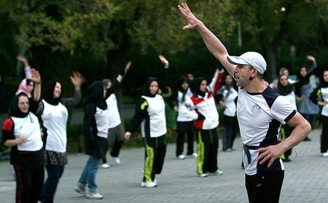 پیشنهاد ورزشی برای خانمهای میانسال