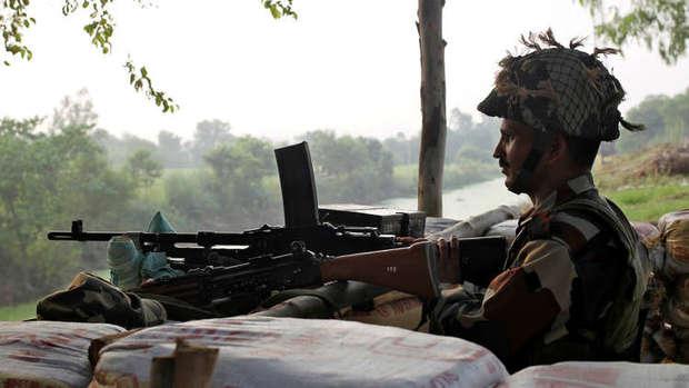 هند یک پهپاد تجسسی پاکستان را سرنگون کرد
