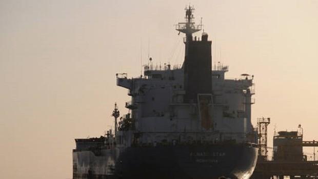 آخرین وضعیت نفتکش ایرانی «سابیتی» پس مورد اصابت قرار گرفتن