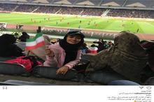 خانم بازیگر در ورزشگاه آزادی+ عکس