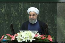 رئیس جمهور روحانی: راه صاف وساده ای در شرایط امروز، پیش روی ما نیست/ ما امنیتی می خواهیم که بر دوش آگاهی ملت باشد/  وظایف وزیر ارشاد را مشخص کنید؛ یا کسی به این وظایف ورود نکند یا دولت کنار رود