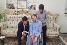 دیدار آذری جهرمی با جانباز جنگ تحمیلی و ماجرای عکس ١٣ سالگی وی + عکس