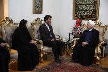 روحانی: ملت ایران قدردان ایثارگران و خانواده معظم شهدا هستند /دیدار با ایثارگران و خانوادههای آنان روحیهبخش است