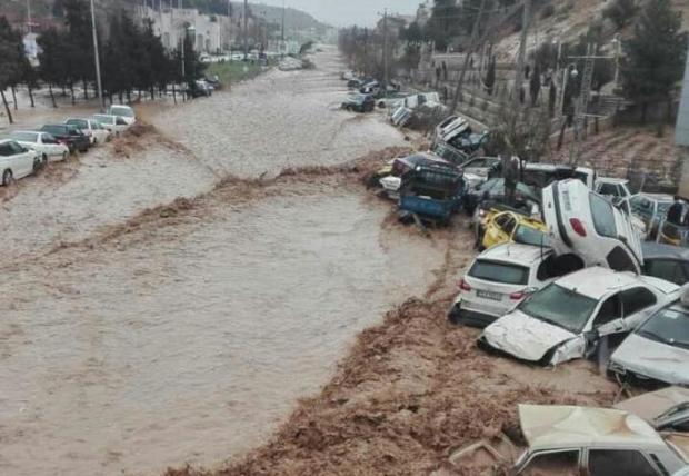 سیل شیراز 107 مصدوم داشت