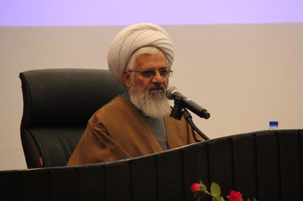 سیاه نمایی های دشمن علیه انقلاب نشانه اقتدار ایران است