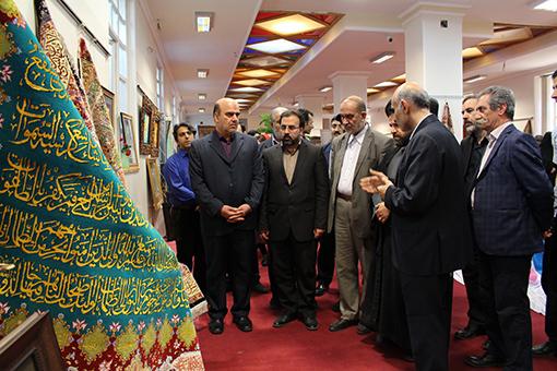 نمایشگاه قرآن و عترت در دانشگاه هنر اسلامی تبریز گشایش یافت
