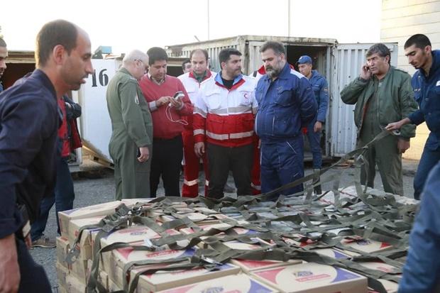 چهارمین محموله کمک رسانی به سیل زدگان وارد فرودگاه اهواز شد
