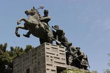 ترک برداشتن سر مجسمه نادرشاه در مشهد صحت ندارد