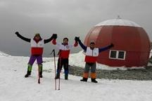 صعود دو تیم امداد و نجات هلال احمر لرستان به ارتفاعات برفگیر