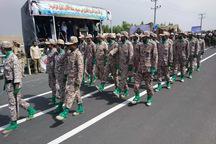 مراسم گرامیداشت روز ارتش در ایرانشهر برگزار شد