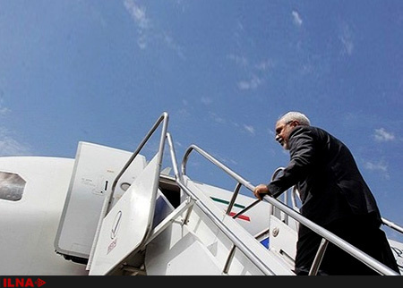ظریف تهران را به مقصد اسلامآباد ترک کرد