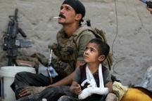 عکس/ معصومیت و تنهایی در سایه جنگ