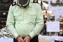 اخاذ مامور نما در لارستان به دام پلیس افتاد