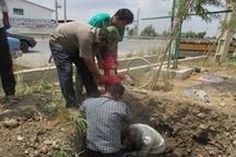 سقوط  8 متری کارگر در کانال در حال احداث و نجات معجزه آسای او