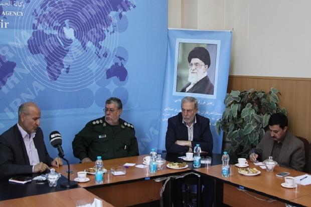 میزگرد راههای ترویج فرهنگ ایثار و شهادت در قزوین برگزار شد
