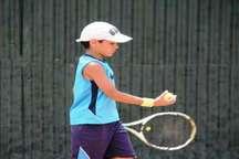 107 نفر در مسابقات تنیس نونهالان و نوجوانان کشور در سمنان رقابت میکنند