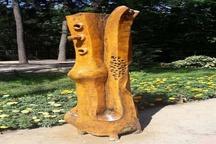 مجسمه های چوبی بوستان مفاخرترمیم و بازسازی شد