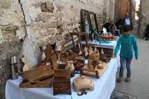 بازارچه تولیدات دانشجویی در بوشهر گشایش یافت