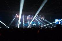 اشکهای حامد همایون در اولین کنسرتش