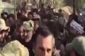 حضور سردار سلیمانی در میان رزمندگان لحظاتی پس از آزادسازی شهر بوکمال سوریه