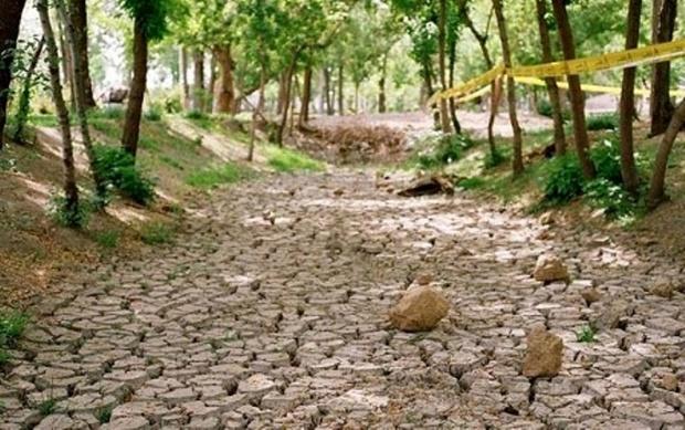 30 چشمه دائمی در شهرستان کوهرنگ خشک شد