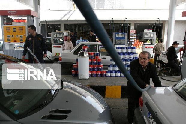 مشکل سوخت خودروهای پخش کالا باید حل شود