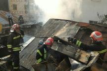 یک خانه ویلایی در نقره دشت رشت دچار حریق شد