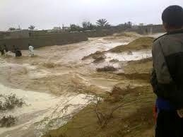 سیلاب دو جاده در بخش چغامیش دزفول را مسدود کرد