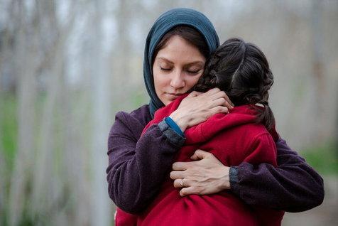 توئیت مهناز افشار درباره آزار و اذیت کودکان گلفروش+ عکس