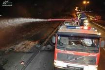 واژگونی یکدستگاه تریلر جاده پلدختر - خرم آباد را مسدود کرد