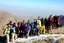 500 کوهنورد به قله های مرتفع ملکشاهی صعود کردند