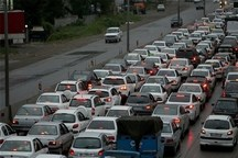 حجم سنگین ترافیک شامگاهی در آزاد راه تهران- کرج- قزوین