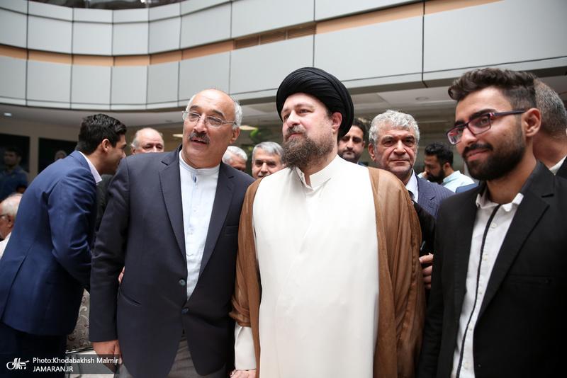 نشست صمیمی سید حسن خمینی با پیشکسوتان جامعه ورزش ایران