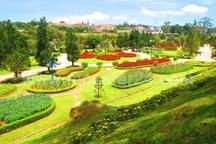 سنندج دارای هفت باغ فرهنگی و تفریحی میشود
