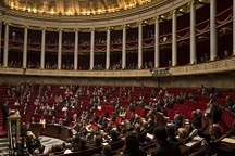 پارلمان فرانسه به تمدید وضعیت فوق العاده رای داد