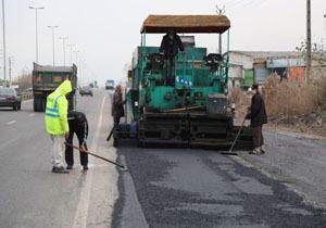 بهسازی و آسفالت 144 کیلومتر محور ارتباطی در آذربایجان غربی