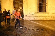 عکس/ شهرداری که خیابان های شهر را تمیز می کند