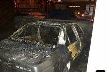 2 خودرو در پارکینگ منزل مسکونی مسکن مهر سمنان آتش گرفت