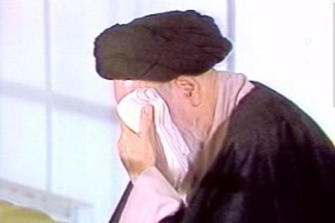امام با صدای بلند برای اباعبدالله (س) گریه می کردند